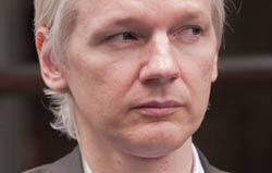 "Суд над Ассанжем: свидетели обвиняют шведского прокурора в ""мужененавистничестве"""